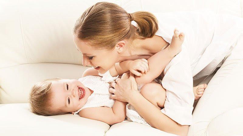 Manfaat Pelukan Ibu untuk Anak