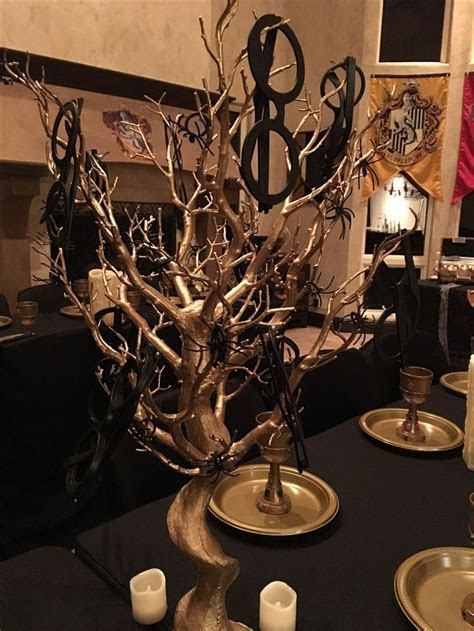 Harry Potter centerpieces with glasses, Harry potter