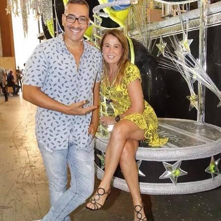 Zilu (com o carnavalesco da Imperatriz Cahê Rodrigues) visita barracão após saída de Graciele da escola
