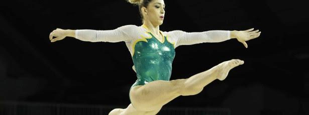 Daniele Hypolito fica a 0,025 da medalha no salto
