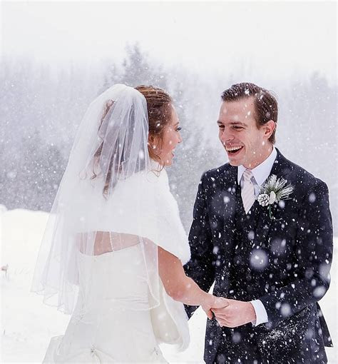 winter weddings snowvillage inn