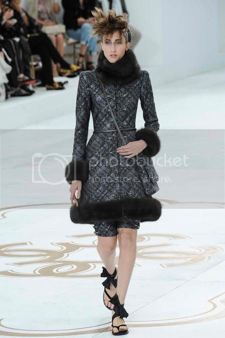Chanel Haute Couture for Paris Fashion Week photo chanel-haute-couture-fall-2014-paris-fashion-week-02_zps1d1c5365.jpg