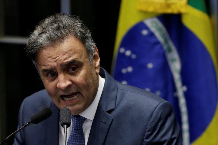 Resultado de imagem para Fotos de Aécio Neves sendo acusado pela PGR