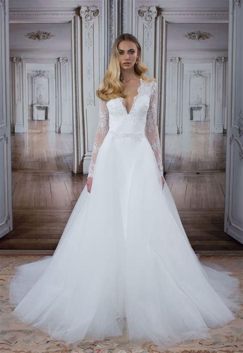 Style no. 14483Detachable skirt   wedding dress with long