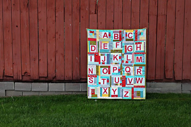 ABC Quilt for Baby Hensel