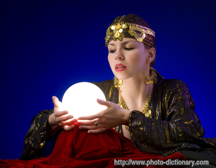 http://photo-dict.faqs.org/photofiles/list/3770/5079fortune_teller.jpg