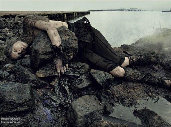 """""""O petróleo da Água"""", Vogue Italia, 2011"""