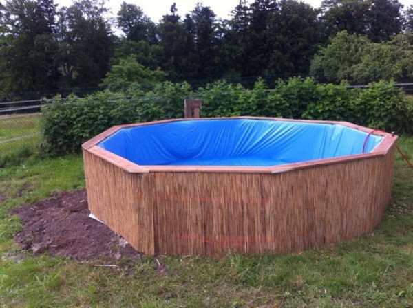 DIY Pallet Swimming Pool 5