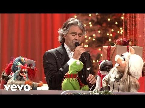 Andrea Bocelli Feat. The Muppets - Jingle Bells