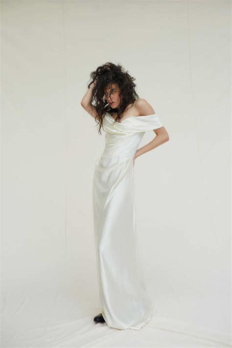 Miley Cyrus Wore Vivienne Westwood Wedding Dress   PEOPLE.com