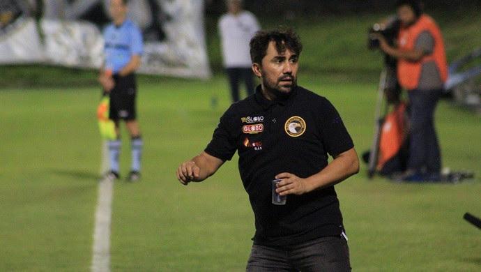 ABC x Globo FC, no Estádio Frasqueirão - Luizinho Lopes (Foto: Fabiano de Oliveira/GloboEsporte.com)