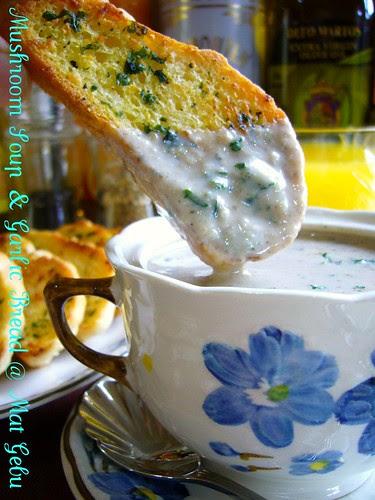 Mushroom Soup & Garlic Bread @ Mat Gebu
