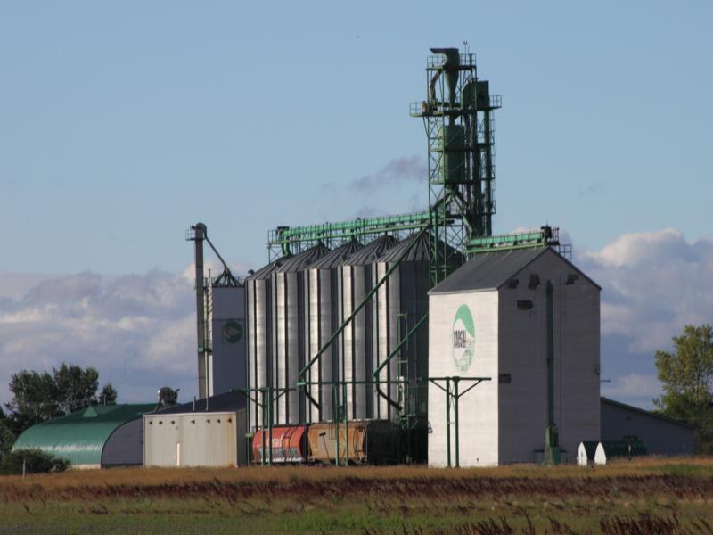 Cargill elevator in Rowatt