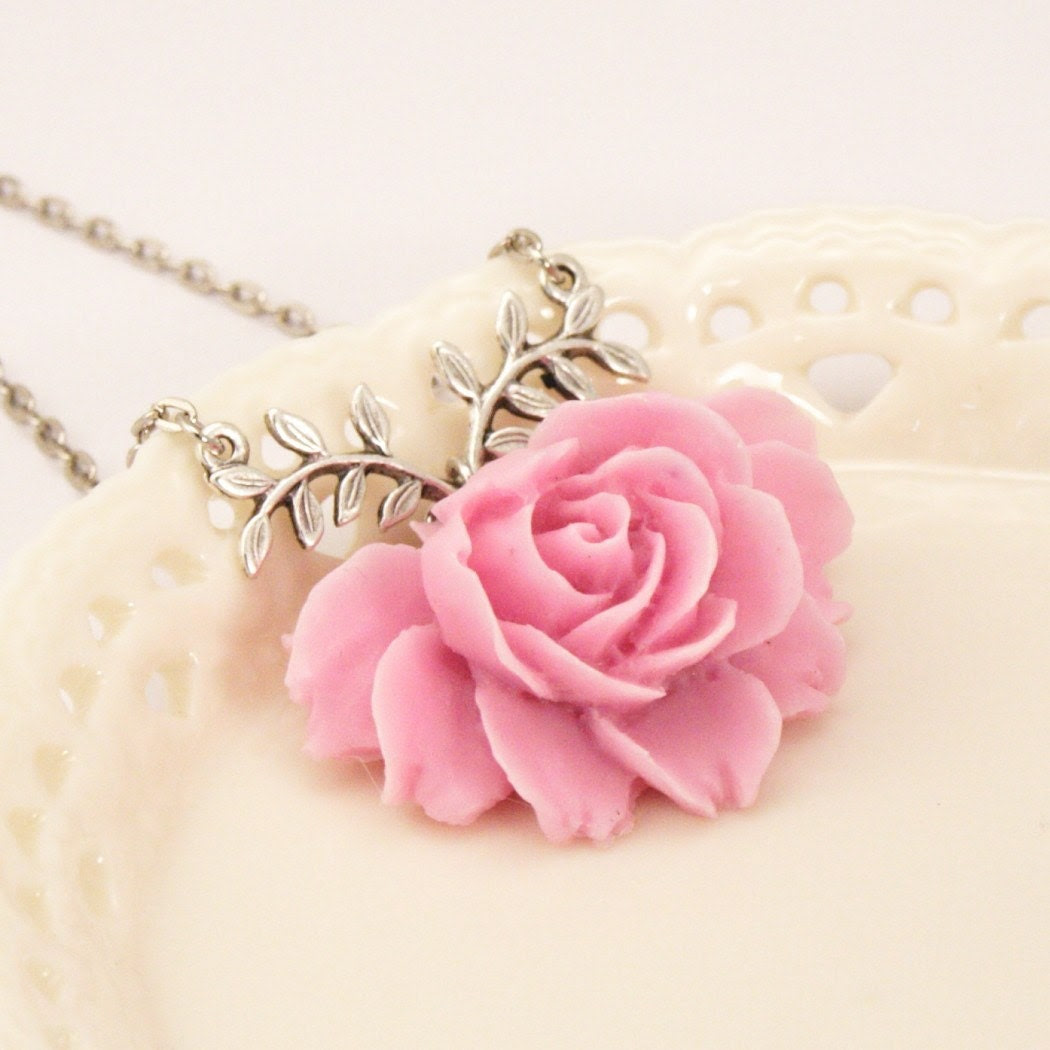 Missy Pale Lavender Rose Necklace