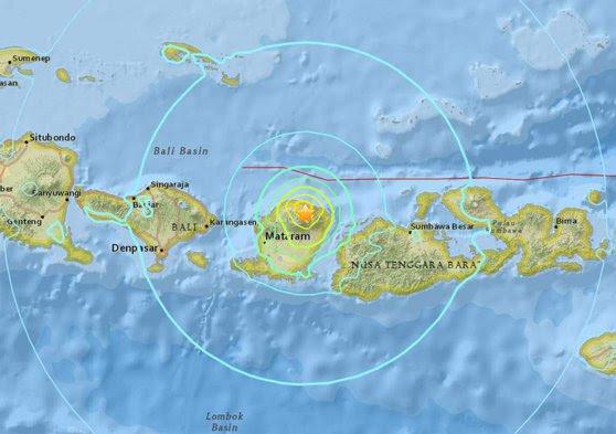 Imaginea articolului CUTREMUR puternic în Indonezia   Seismul cu magnitudinea de 6,4 grade a lovit insula turistică Lombok: Bilanţul a ajuns la 14 morţi şi 162 de răniţi   FOTO, VIDEO