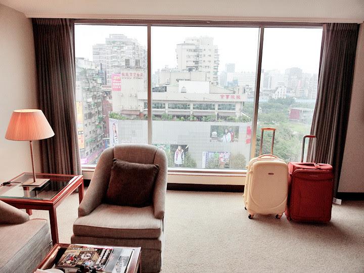 regent taipei hotel room view