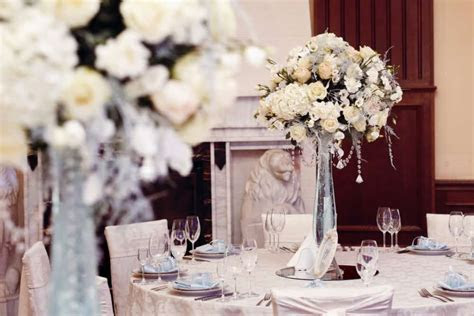How to make inexpensive wedding centerpieces   Living On