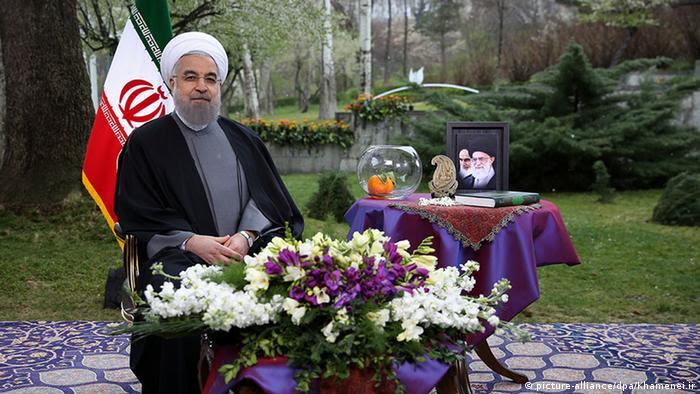 حسن روحانی در پیام نوروزی خود بر اهمیت بهبود شرایط اقتصادی تاکید کرد