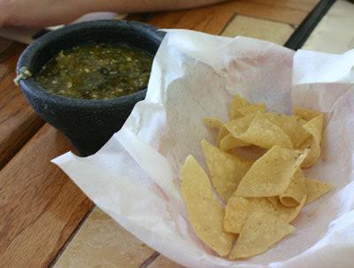 El Moctezuma #3 - Chips and Salsa