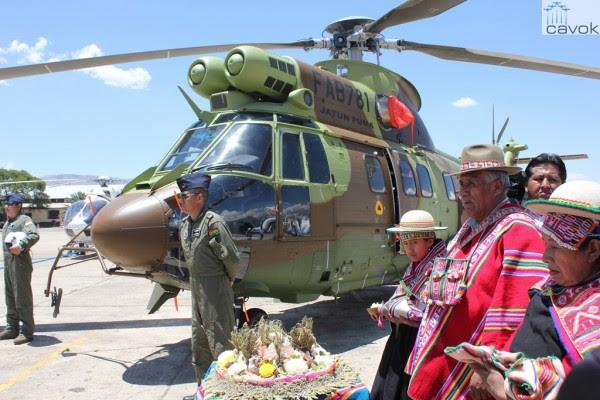 La segunda entrega AS332 Super Puma de la Fuerza Aérea de Bolivia. (Foto: Leticia Torres / Airbus Helicópteros)
