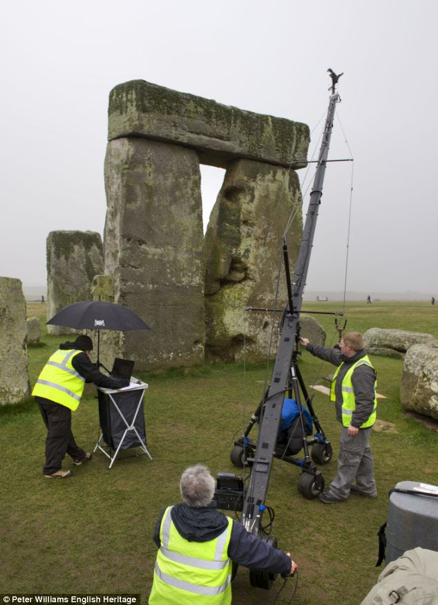The team used complex laser Scanning at Stonehenge to gain new insight into the stones.