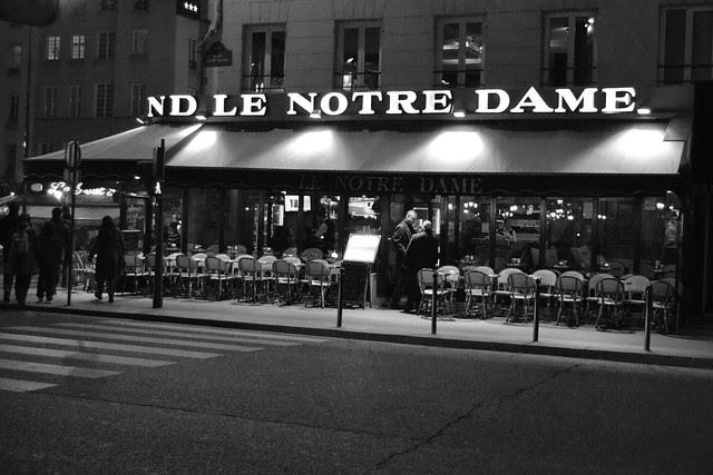 Ansku & Kaisa Pariisissa 425 copy
