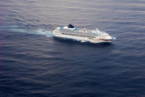cruise_ship.gif