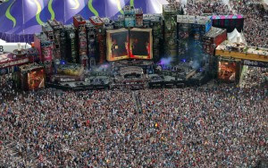 Hundreds of thousands celebrate pagan rituals at TomorrowLand