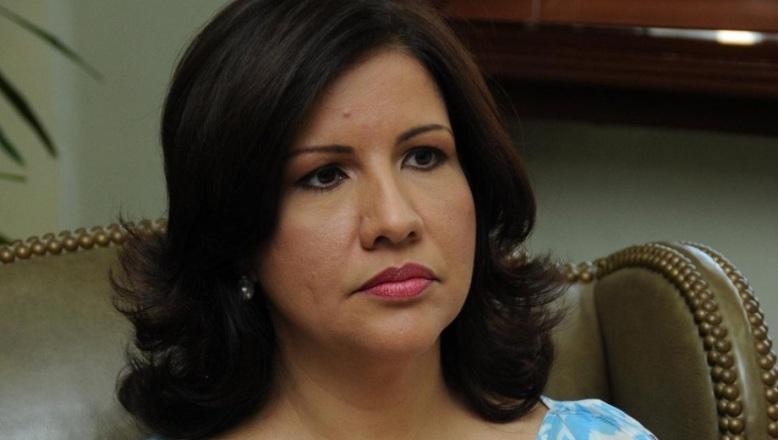 Vicepresidenta Cedeño recluida en CEDIMAT tras intervención quirúrgica
