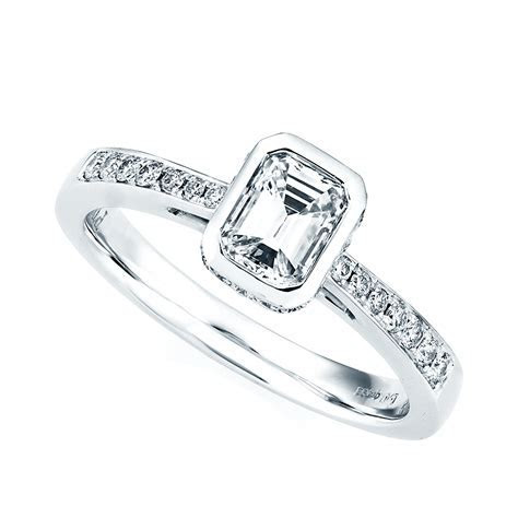 Berry's Platinum Diamond Emerald Cut Rub Over Design