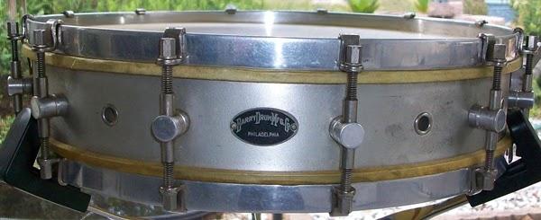 snare drum addict update 1920 39 s barry drum manufacturing co arrived. Black Bedroom Furniture Sets. Home Design Ideas