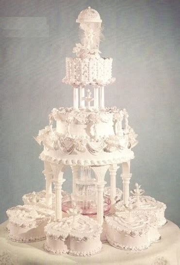 fountain wedding cakes picture