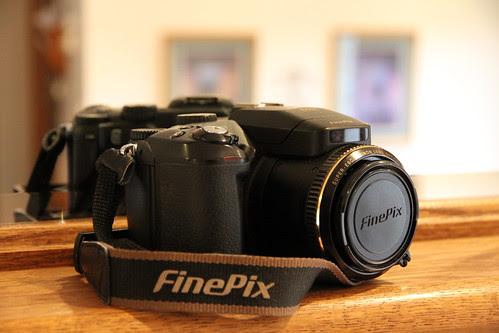 Fugi Finepix S7000