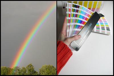 dos arcoiris, uno en la mano