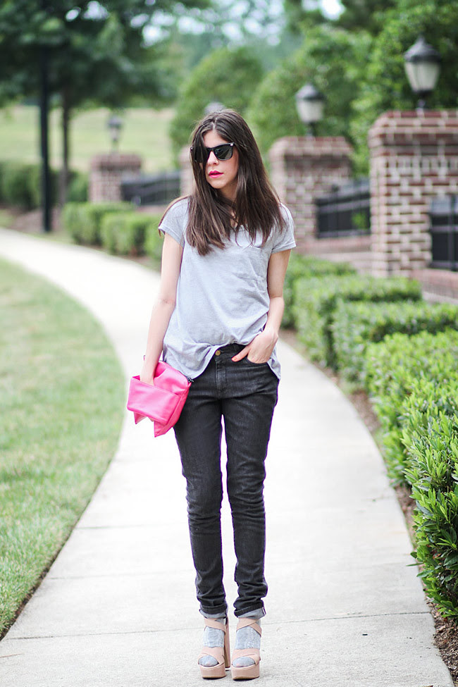 Hot Pink Nars Lipstick, Gray Pocket Tee, Skinny Jeans, Fashion Outfit