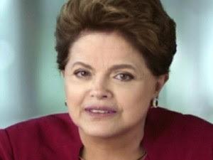 A presidente DIlma Rousseff durante o pronunciamento do Dia das Mães (Foto: Reprodução / TV Globo)