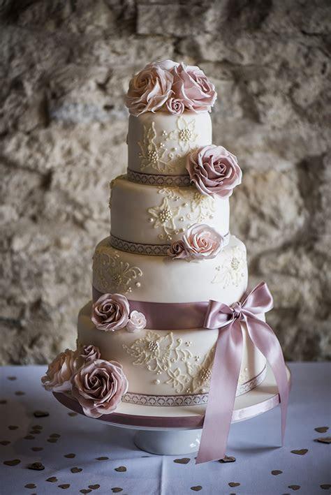 Inspiration: rustic pink rose barn wedding   Hanami Dream