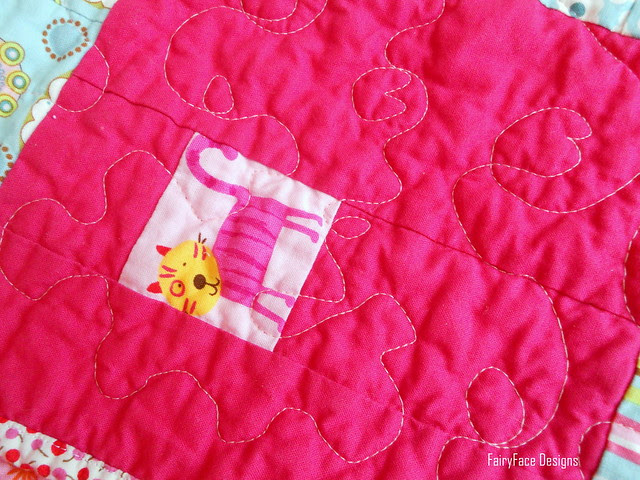 I Spy a Square Quilt quilting detail
