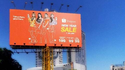 Baliho Iklan Makanan - desain banner kekinian