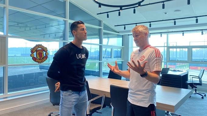 Криштиану Роналду встретился с Уле-Гуннаром Сульшером на базе в Каррингтоне и провел 1-ю тренировку после камбэка в «МЮ»