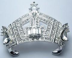 america crown pin