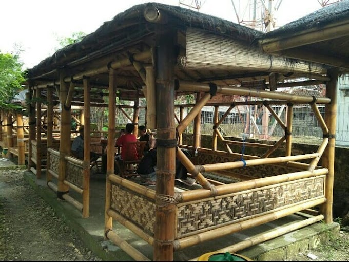 Desain Cafe Bambu Sederhana