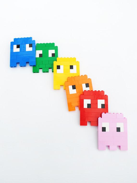 Lego | 8-bit ghosts