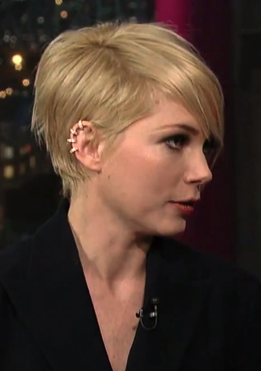 LE FASHION BLOG MICHELLE WILLIAMS DAVID LETTERMAN SHOW CBS FEBRUARY 2013 HAIRCUT SHORT ASYMMETRICAL BOB REPOSSI BERBERE DIAMOND GOLD MULTI HOOP EAR CUFF PROMOTING MOVIE FILM WIZARD OF OZ SUIT DRESS 2