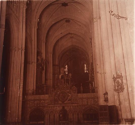 Catedral (interior) en los años 20. Fotografía de Ángel del Campo Cerdán