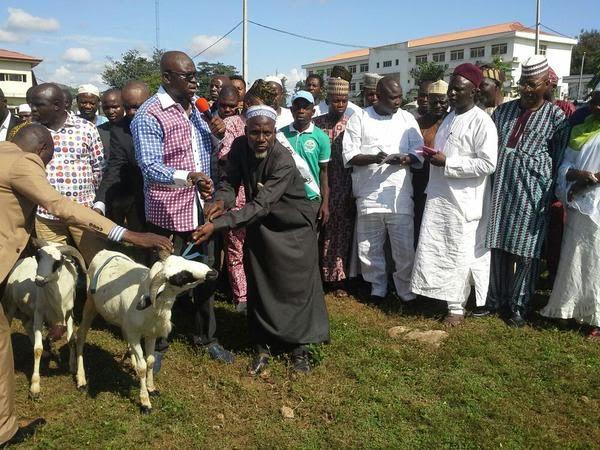 Sallah: Gov. Fayose distributes Rams to Muslims in Ekiti (photos)