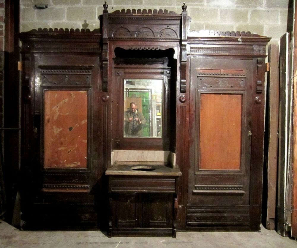 ANTIQUE CARVED OAK CLOSET FRONT BUILT IN BUTLERS PANTRY ...