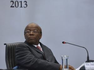 Segundo Barbosa, o regime domiciliar pode ser concedido ao condenado, mas ele deverá provar a gravidade da doença