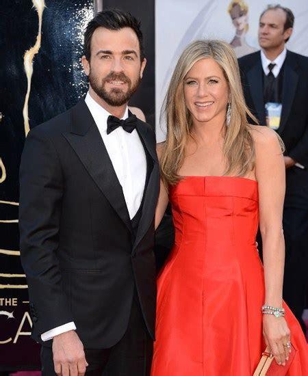 Jennifer Aniston Wedding Dress Predictions: 4 Gowns