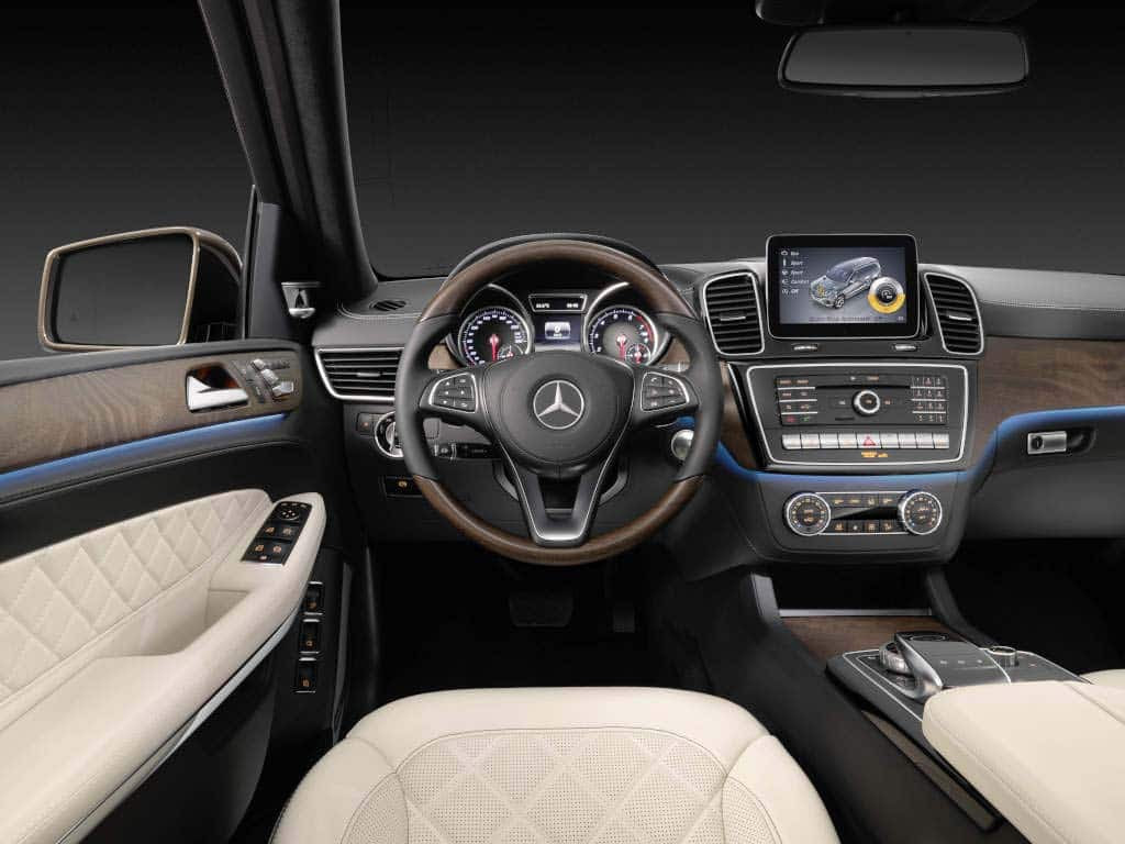 Mercedes Makes Move to Top with 2017 GLS Model ...